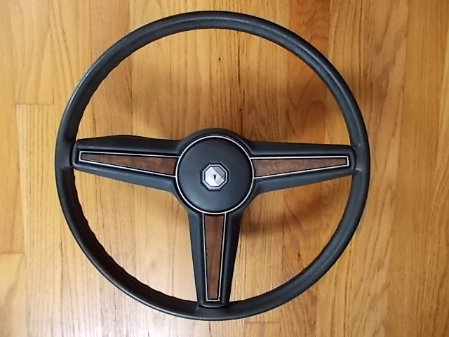 Dark Blue Grand Prix Steering Wheel.