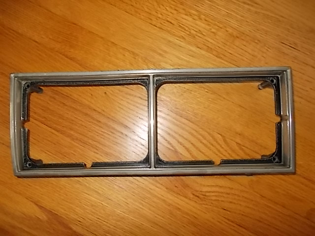 81-87 LH Headlight Bezel