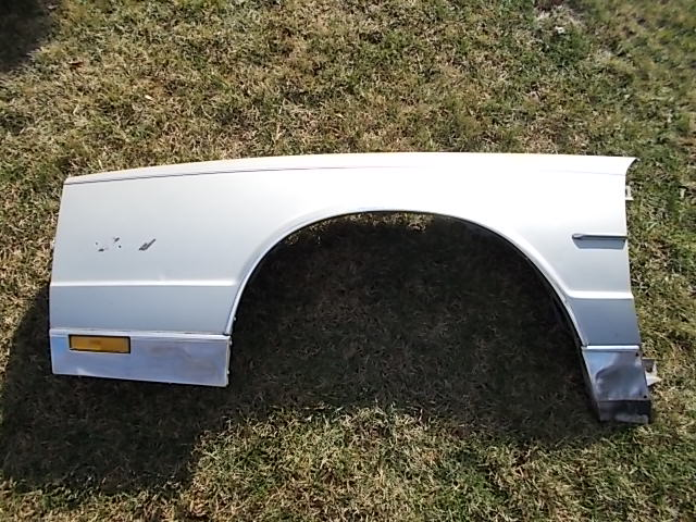 81-86 SC Drivers Fender with Trim
