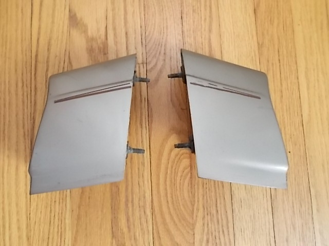 81-87 Taillight Extension Set.