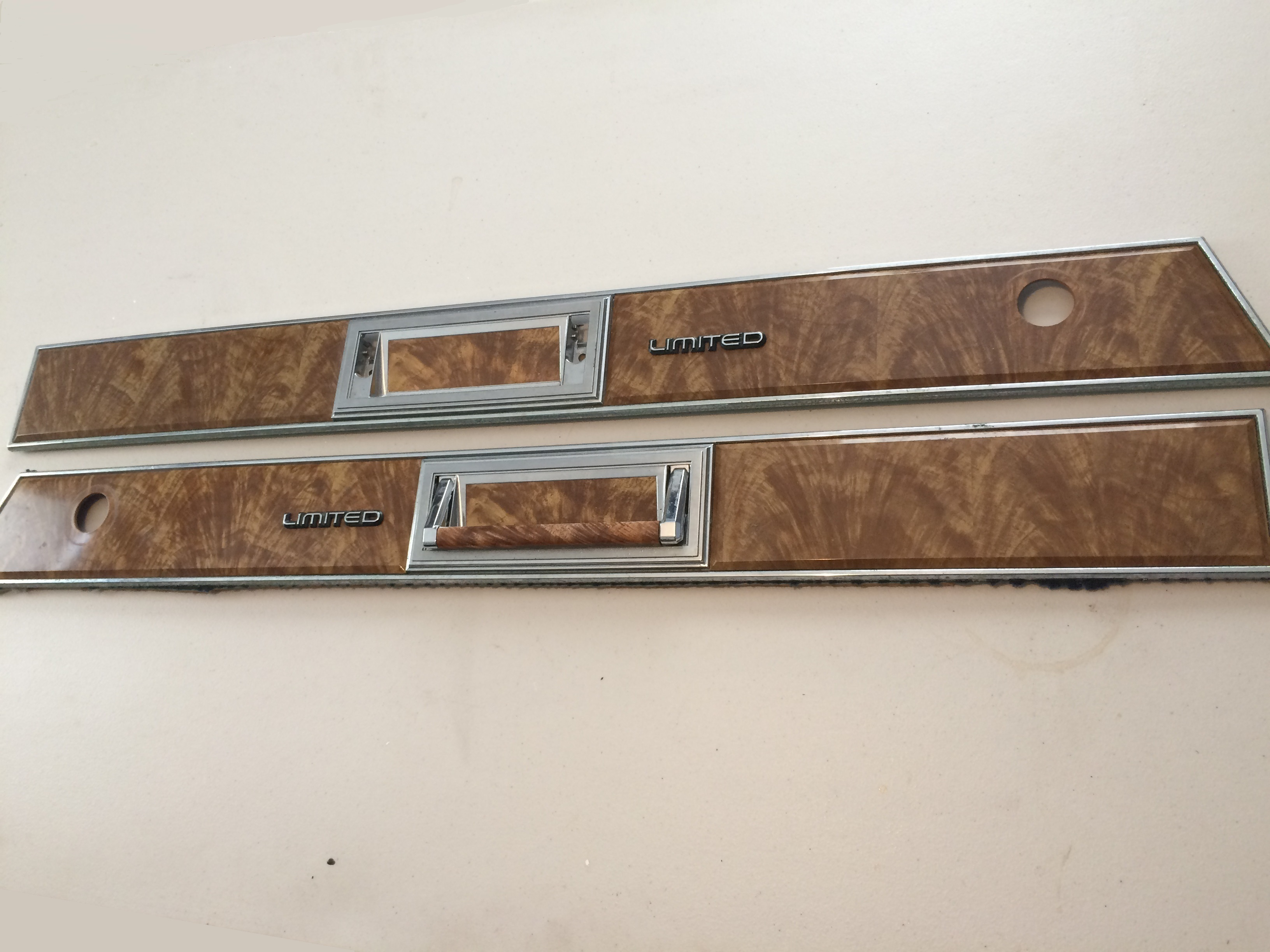 RH,LH Manual Window Door Panel Inserts.